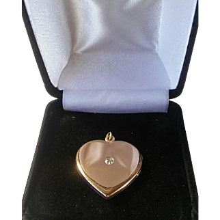 Beautiful Vintage 14k Gold Diamond Heart Photo Picture Locket Pendant - Elegant & Classy! Left Handed!