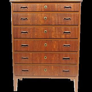 Swedish 6 Drawer Dresser - Vintage