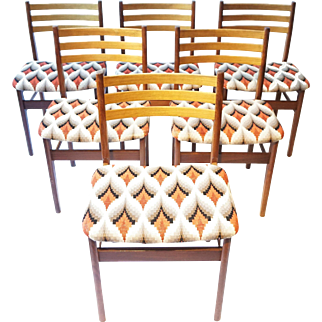 6 Danish Furniture Makers Vingtage Chairs