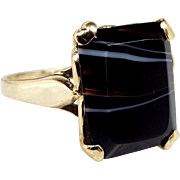 Vintage 1961 9ct Yellow Gold Love Heart Mount Black Banded Agate Ring / Size N