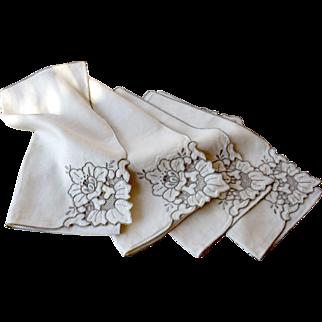 Vintage Richelieu Lace Linens Set, 12 Napkins, Venice Lace Tablecloth