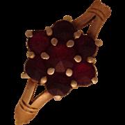 Sweet Victorian 14k Garnet Cluster Ring