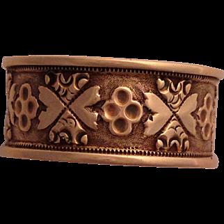 Pretty Victorian 10K Rose Gold Cigar or Wedding Band Ring