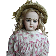 Wonderful jumeau french fashion bisque doll size 9 of 22,4 inches tall