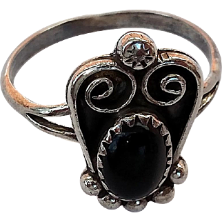 Native American Sterling Silver & Black Onyx Ring - IC Hallmark - Size 7.5