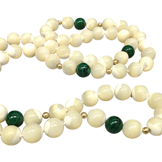 Vintage 1980s Mother-of-Pearl, Malachite and 14K Gold Bead Single Strand Necklace