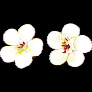 Vintage 1960s Denton England Hawthorne Porcelain China Flower Clip On Earrings in Gold Tone Metal