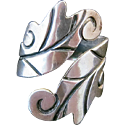 Vintage 1960s R. CAZARES Taxco Mexican Sterling Silver Leaf Bypass Statement Ring Size 8-9