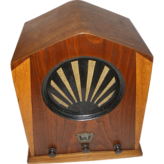 Jackson Bell Cathedral Wood Tube Radio