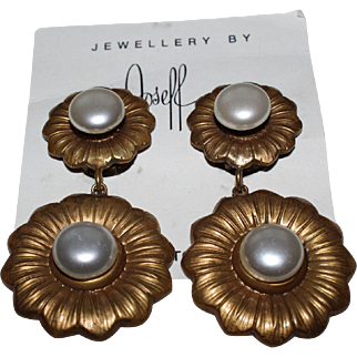 Vintage Flower Pearl-Like Joseff Dangle Earrings