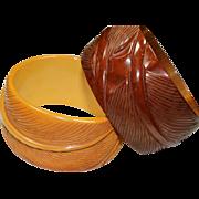 Vintage Big Leaf Bakelite Bracelet Set