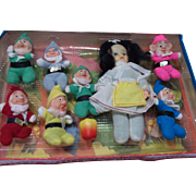 Snow White and Seven Dwarfs Doll Set