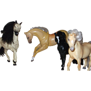 4 Toy Horses from Champion Toys, 1 Articulated