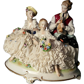 """Unterweissbach """"Pastoral Porcelain Trio"""" Shepard playing a flute and two Maids (Germany 1940-1958)"""