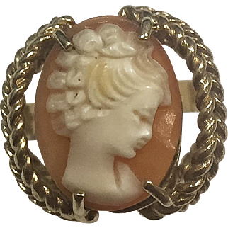 "14 Karat Yellow Gold ""Signed""  Shell Cameo Ladies Ring"