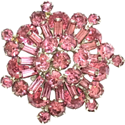 Weiss Vintage Pin/Brooch With Pink Rhinestones