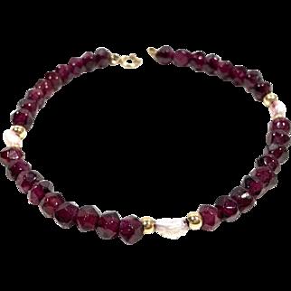 Estate 14K Gold Beaded Pearl & Carved Garnet Bracelet