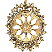Vintage Faux Pearl Ornate Gold Tone Pin/Brooch