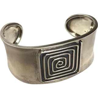 925 Sterling Cuff Bracelet - concentric square pattern