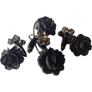 Juliana D&E Vintage Jewelry Molded Flower & Rhinestone Black Mourning Brooch and Clip Earring Set
