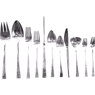 "Reed Barton Sterling Silver ""Dimension"" Flatware Set - 73 pieces - 82.20 toz, Box included"