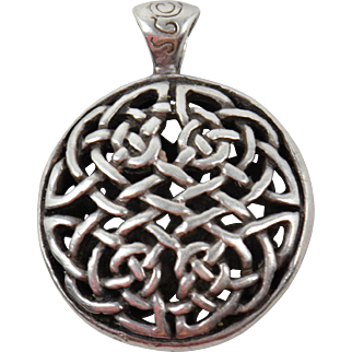 English Celtic Sterling Silver S & G Pendant