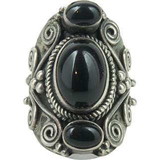Vintage Handmade Sterling Silver Polished Onyx Ring Size 6.5