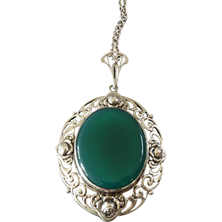 """Large Antique Art Nouveau Green Agate Silver Pendant with Roses on Chain ca. 1900 ca. 2 3/4"""""""