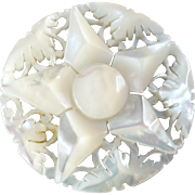 """Large Carved Openwork Mother of Pearl Bethlehem Holy Land Jordan Pearl Button 5-pointed Star 1 7/16"""""""
