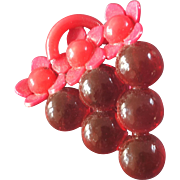 Large Vintage Art Deco Celluloid Realistic Bunch of Grapes Button Pink! 1 3/8""