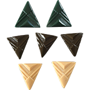 "Seven Vintage Art Deco Czech Glass Buttons Triangles 7/8"" and 1 1/16"""