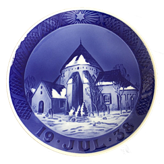 "Royal Copenhagen Annual Christmas Plate 1938 ""Round Church in Osterlars"""