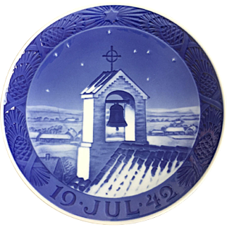 "Royal Copenhagen Annual Christmas Plate 1942 ""Bell Tower of Old Church"""