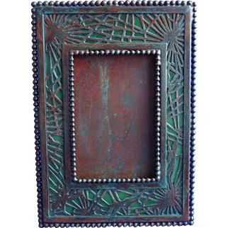 Rare Early Tiffany Studios Bronze And Favrile Glass Pine Needle Picture Frame