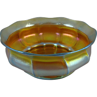 Tiffany Studios Gold Favrile Glass Center Bowl
