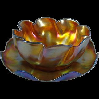 Beautiful Tiffany Studios Gold Favrile Glass Ruffled Bowl And Saucer Set