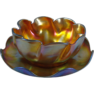 Beautiful Tiffany Studios Gold Favrile Glass Ruffled Bowl And Saucer Set