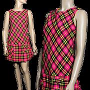 Vintage 1960s Dress //Mini Dress// Hippie Dress//Pink Plaid//Wool//60s