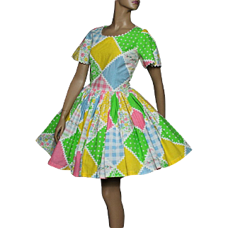 Vintage  Dress// Full Circle Skirt// Cupcake Dress// Swing//Pastel Colors// Couture //Garden Party Dress