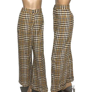Vintage Pants // 1970s // Trouser // Wool // Checked Pattern // High Waist // Wide Legs // Cuffs // Brown // 70s Flared Pants