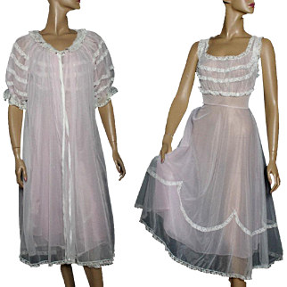 Vintage Gown With Matching Robe // 1950s // Pink // White // Lace // Sheer // Design // Nightgown // Lingerie Set // Marilyn Monroe // 50s Sheer Gown