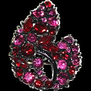 Vintage Brooch // Red // Pink // Rhinestones // Marquisse Stones // Dentelles Stones // Black Metal Finish // 1950s // Sparkling