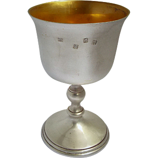 Antique Fabulous v heavy 296g mint condition irish 1971 Solid Silver wine goblet
