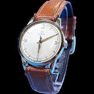 Mens Omega Vintage Retro Era Luxury Watch in 14 Karat Gold with RARE & UNIQUE Face