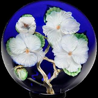 Lundberg Studios 1990 Apple Blossoms glass paperweight