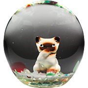 Unidentified artist Siamese cat sulphide glass paperweight.