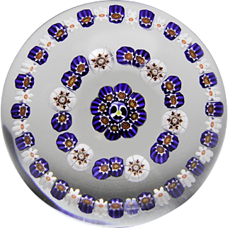 Parabelle Glass 1991 spaced concentric millefiori paperweight