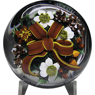 """Rick Ayotte 1987 """"Christmas Bouquet"""" paperweight."""