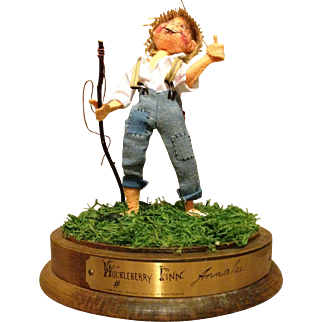Huckleberry Finn by Annalee, 1986, # 173, Mint Condition, including original glass dome