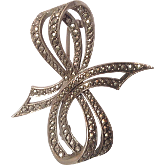German Sterling Marcasite bow pin